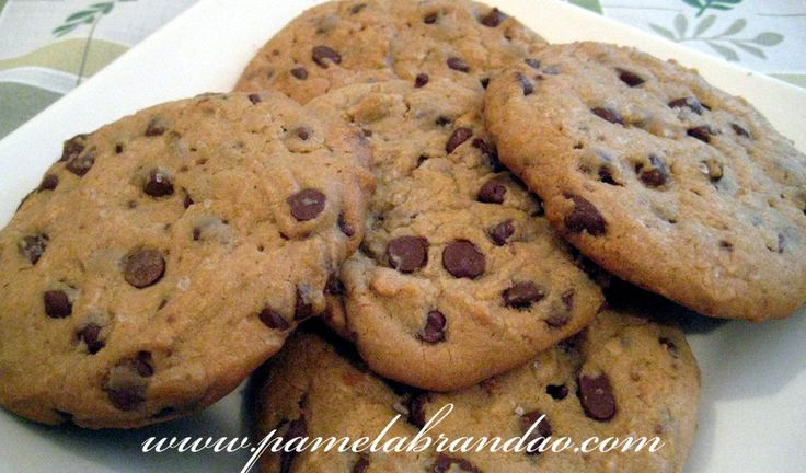 Subway chocolate chip cookies... Mmmmm... Apparently this recipe is a close reproduction. I'm going to have to give it a try!