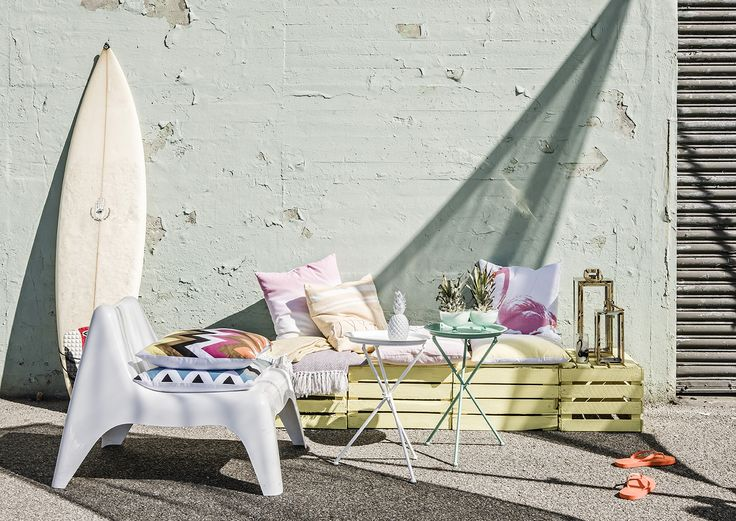 MIAMI - be inspired by past decades when more was more! Mix bright colours, pastels and metallic bling in modern shapes with a crisp white backdrop for a luxurious effect | Design by Eightmood | SS16