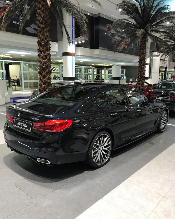 """Rami Nasri - BMW, MINI , RR (@bmw.uae) on Instagram: """"Bmw 540i carbon Black M Performance package. All our cars come with - 8 years /160000 kms service -…"""""""