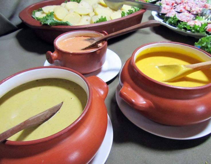 Crema de ocopa, crema de huancaína y crema de rocoto, lo mejor de la cocina peruana. Ocopa cream, huancaina cream and rocoto (red chili) cream, the best of the Peruvian cuisine. www.placeok.com