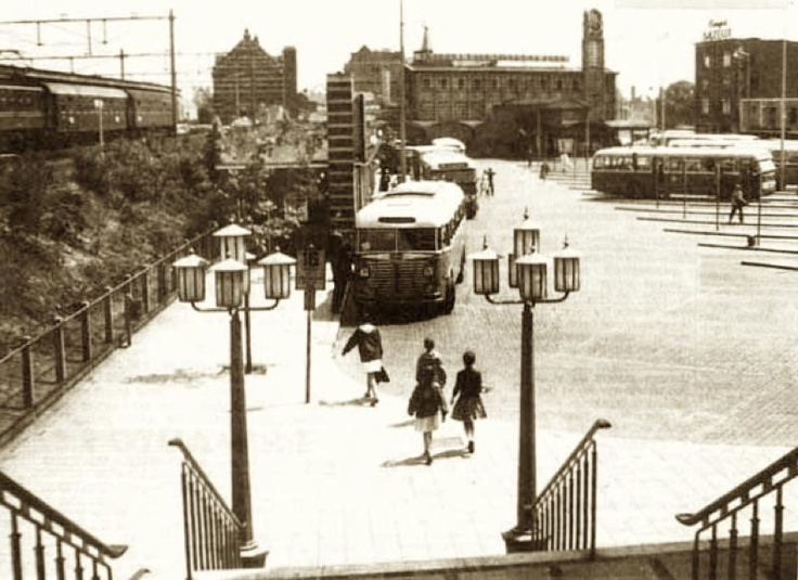 Stationsplein-West, begin jaren '60.