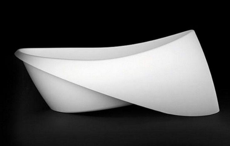 Goccia Bathtub And Basin With A Folded Rim - http://homeypic.com/goccia-bathtub-and-basin-with-a-folded-rim-2/