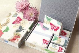 Fine stationary set! Perfect gift for those who like the finer things in life
