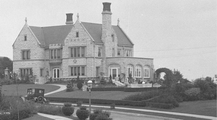 Gerrard House 748 Betula Ave North Avondale Lawrence