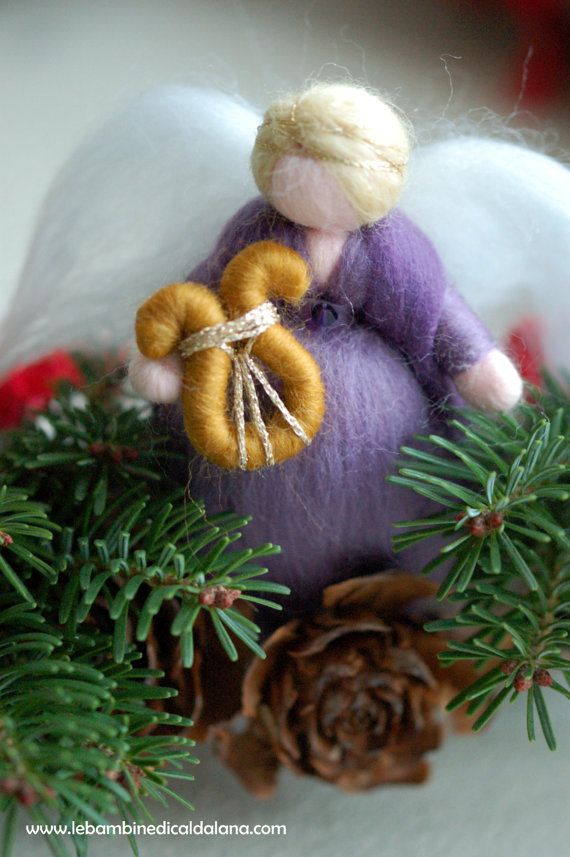 Ghirlanda dell'avvento in lana fiaba di LeBambinediCaldalana