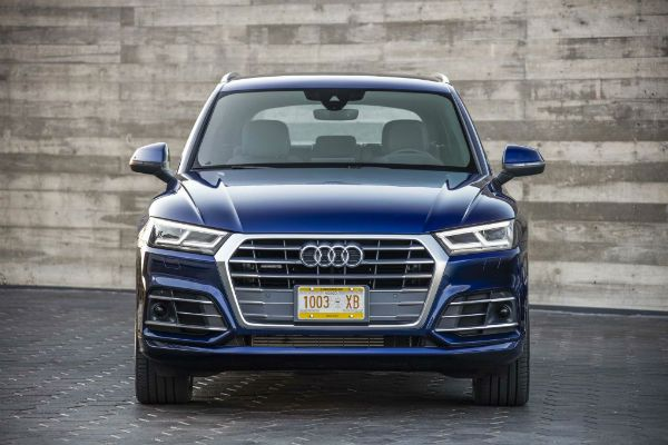 2018 Audi Q5 is the featured model. The 2018 Audi Q5 S Line image is added in car pictures category by the author on Mar 31, 2017.