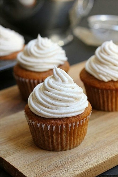 Pumpkin cupcakes with cinnamon cream cheese frosting. So perfectly fall. Yum!
