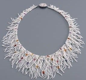 Beaded necklace I would like to see this with the netting in different color from the fringe.