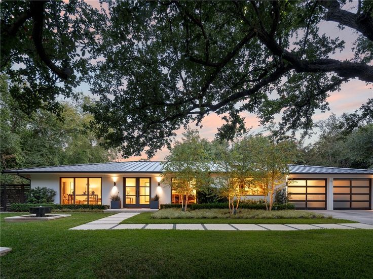 Contemporary Home  6722 Norway Road  Dallas  Texas More. Best 25  Modern ranch ideas on Pinterest   Ranch house remodel