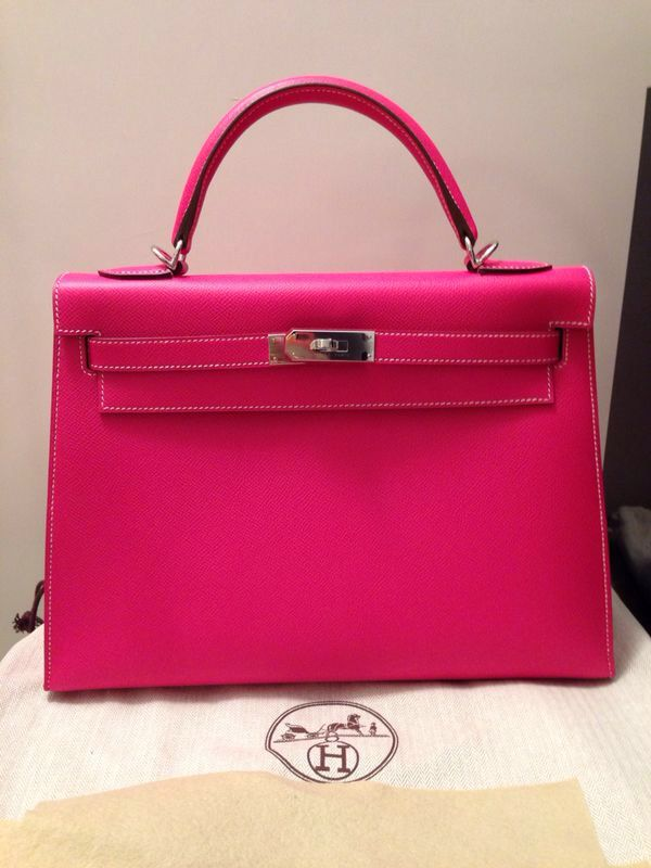 kelly 32 rose tyren epsom. beautifull, gorgeous and the most sought from Kelly color. interested can directly contact +6285931123287 authentic 100% and new.
