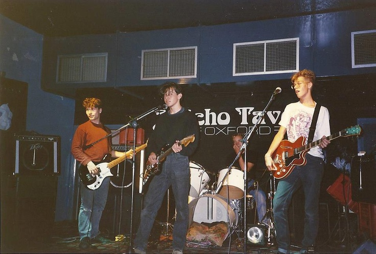 Ride play Jericho Tavern, Oxford (late 1980s)