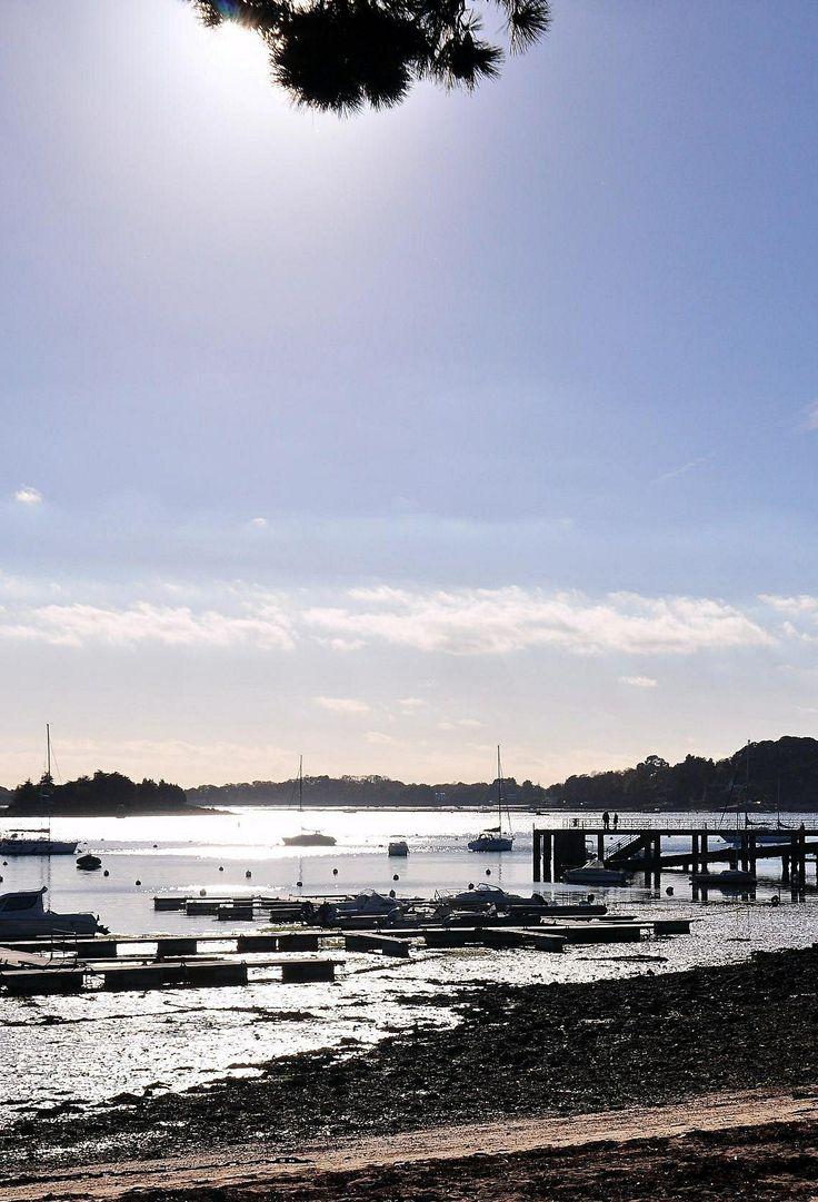 Arradon, Bretagne by G.