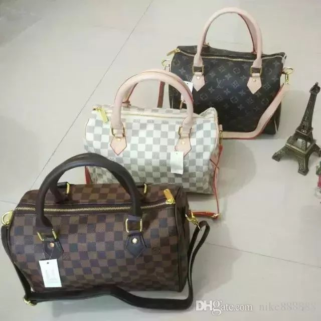 nike888888 provides hot style 2018 high quality women leather handbags famous brand designer chian crosbody bags for women single shoulder bag popular totes bag of large space, and you can choose rosetti handbags of classical plain design, and also cheap bags and cheap designer bags of fashionable patterns. #designerhandbags