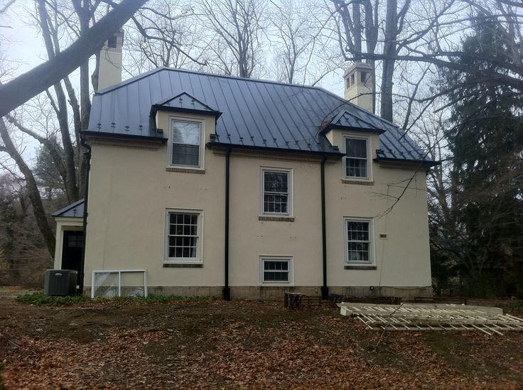 35 best images about metal roofs on pinterest - Black metal roof pictures ...