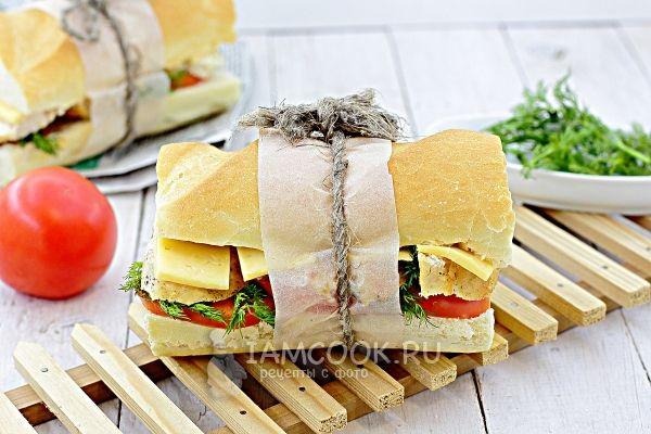 Фото сэндвича с курицей