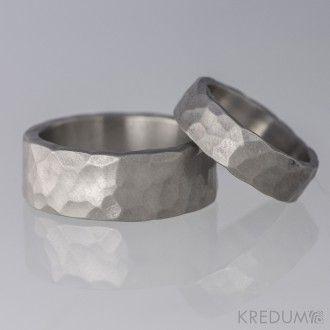 Kovaný titanový snubní prsten - Draill
