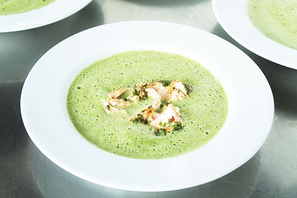 Creamy spinach soup with salmon