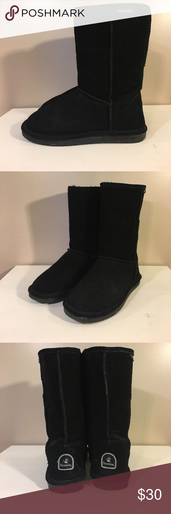 BearPaw Boots Size 8 BearPaw boots, few small dirt spots, make an offer BearPaw Shoes Winter & Rain Boots