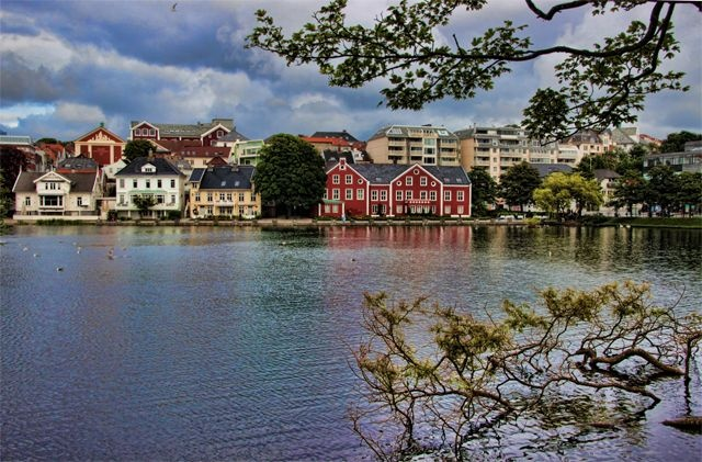 Stavanger. Petroleum, Angry Birds and Pretty Wooden Houses