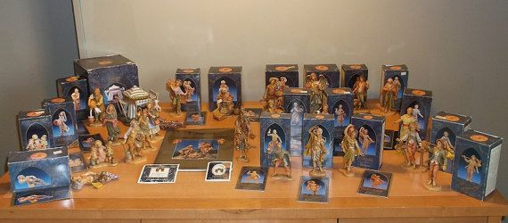 FONTANINI Heirloom Nativity Figurines, Book, Pins - HUGE Lot of 28+ Pieces - Vintage Fontanini Roman Inc Italy Nativities Angels Bible Story