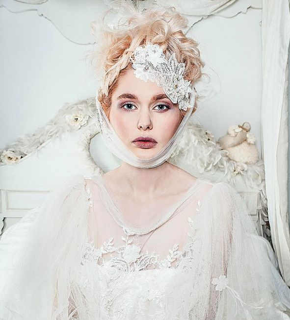 New concept of bride with Joanne Fleming's wedding dresses designs. See her lookbook and discover her fashion art #women #fashion #elegant #wedding #dresses #bride #beauty
