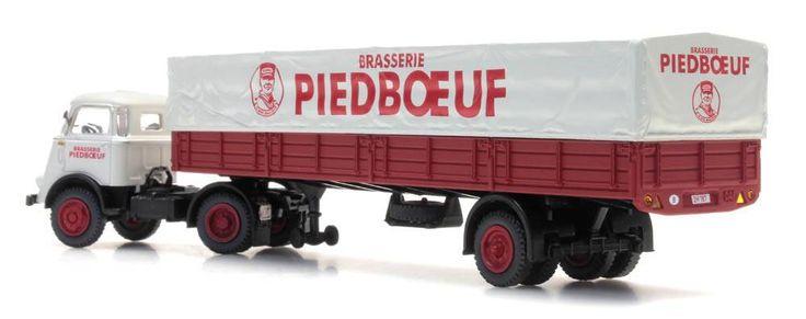 "DAF semi-trailer canvas cover, cab. '59. ""Piedboeuf"""