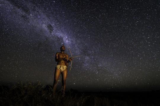 Bushman under the stars at Kalahari Plains Camp (Central Kalahari, Botswana). For more infos please visit us: www.gondwanatoursandsafaris.com