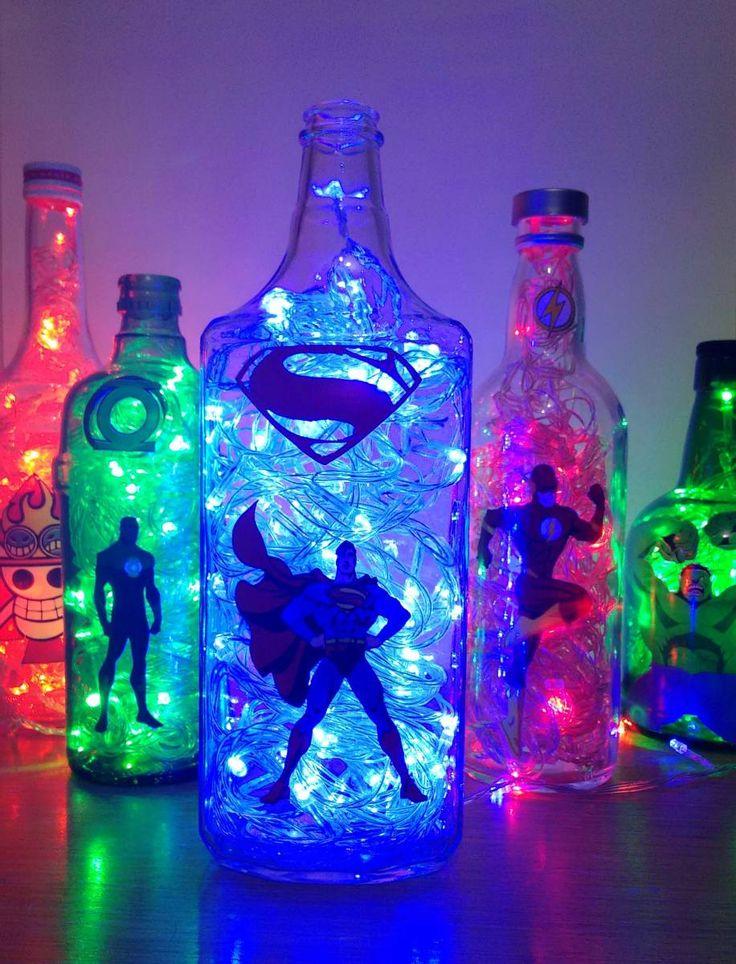 Super Luminária de Garrafa Superman -