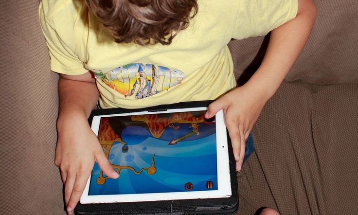 Children failing to use toy building blocks 'due to iPad addictions' (and parents are told to limit wi-fi in their homes at night) http://dailym.ai/P3XeYO #DailyMail