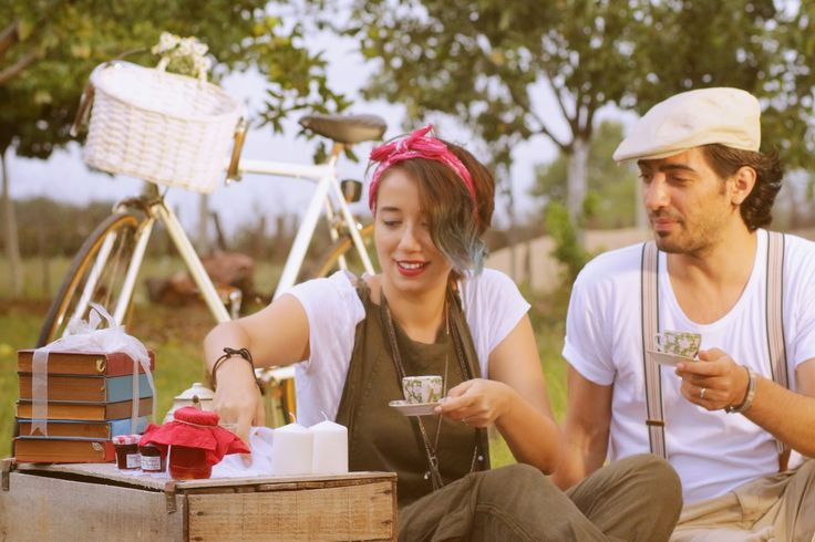 Birinci Yıl Çekimi Retro Piknik Konsepti | Konsept Fotograf