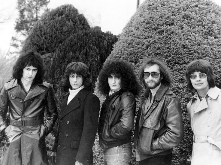 "rockandrollpicsandthings: "" Rainbow - Difficult To Cure lineup 1981 Ritchie Blackmore, Joe Lynn Turner, Bobby Rondinelli, Roger Glover and Don Airey """