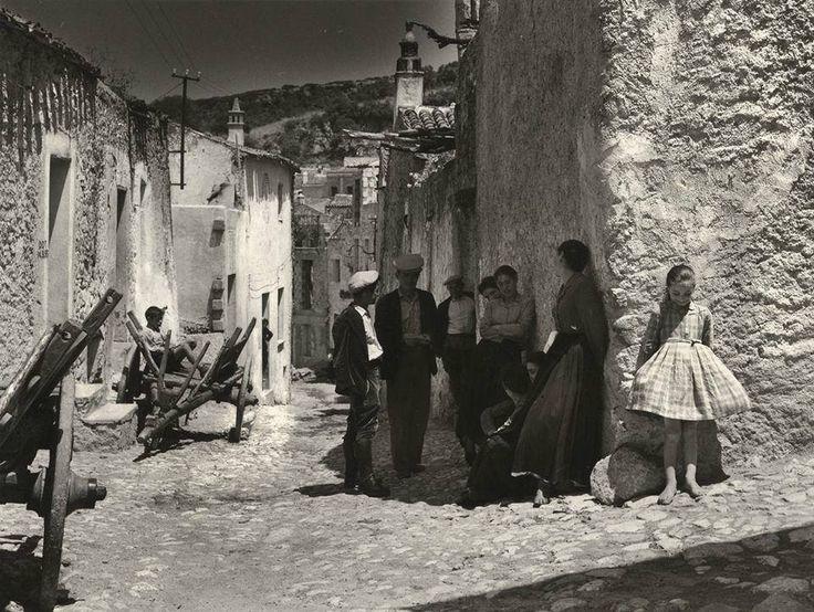 Jean Dieuzaide Oliena, Sardinia,1956