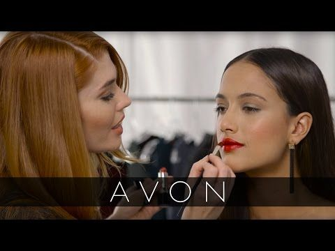 Get holiday party ready with this new makeup tutorial from Avon Celebrity Makeup Artist Lauren Andersen! avon4.me/2g7YOHR