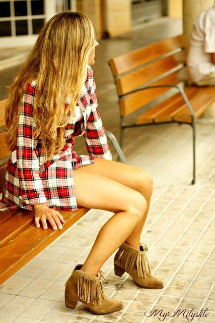 denim style, hipster style con botines de flecos super de tendencia