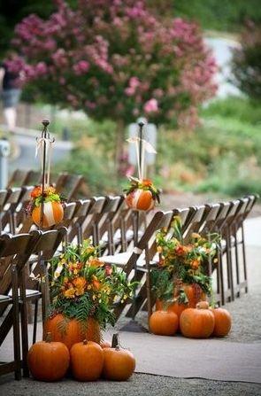 Fall wedding ideas, but cute decor in general!