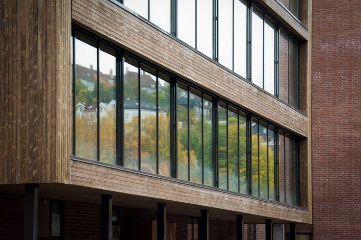 Lodalen train station renovation into office space by Various Architects Oslo, Norway. Wooden window box pop out for meeting room. / Lodalen togstasjon renovering av kontorlokaler av ulike arkitekturer Oslo, Norge. Trevinduboks spretter ut på møterommet.