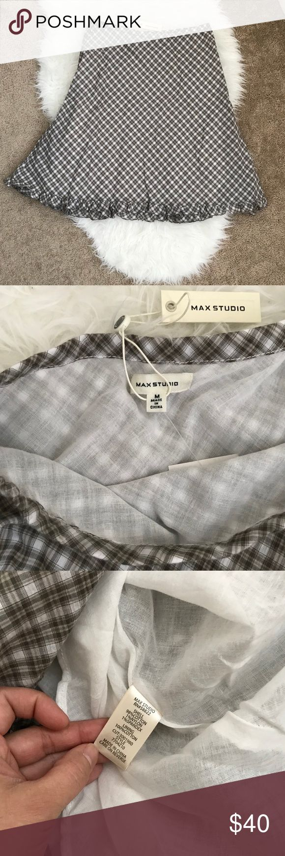 """NWT Max Studio Checkered Olive/White Skirt Size Medium Material: Shell: 98% cotton, 1% Nylon, 1% Spandex. Lining: 100% cotton Features: Ruffle like trimmings on the bottom, elastic waist, triangle shape pleats design on the back. Please see photos.  App measurements: 15"""" waist, 22.5 Length Max Studio Skirts A-Line or Full"""