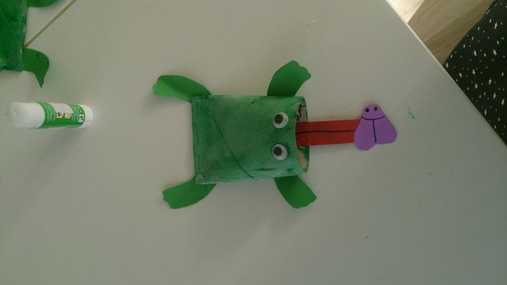 Küçük kurbağa küçük kurbağa kuyruğun neredeee?