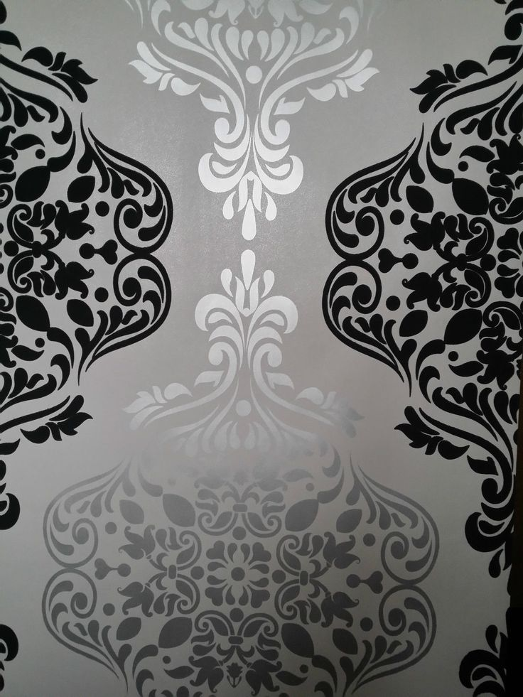 Grey White Silver Bedroom: Luxury Wallpaper Light Gold & Dark Grey Damask Feature