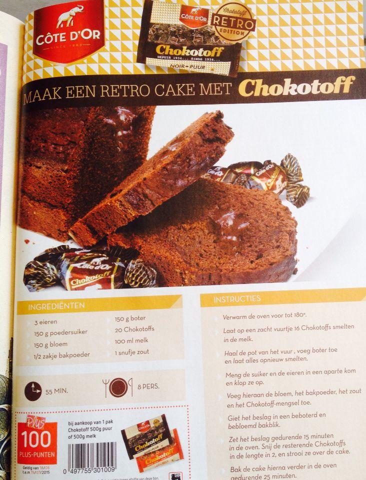 Retro cake met chocotoff Bron: Delhaize magazine juni-juli 2015