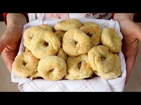 TARALLI DOLCI AL VINO BIANCO RICETTA FACILE - Italian Wine-Doughnuts Recipe - YouTube