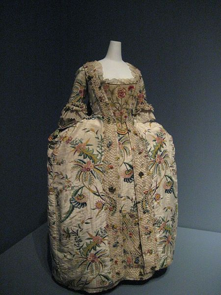 Robe à la française 1740s. Surviving Robe à la française in the Metropolitan Museum of Art, New York features a matching petticoat and is shown with an elaborate stomacher. English, fabric from Holland or Germany, 1740s.