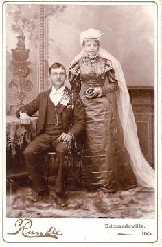 1800s wedding dress