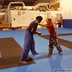 Karate demonstration fail | Gif Finder – Find and Share funny animated gifs
