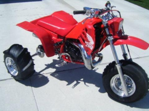 A clean honda 250r photo courtesy of vintage factory atc for Honda motorcycle dealers maine