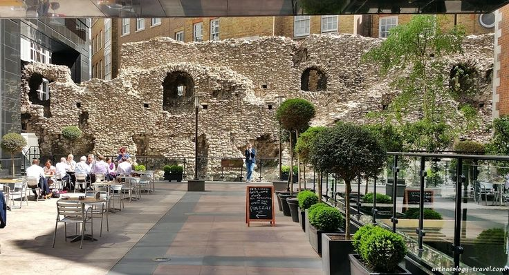 The London Wall walk follows the surviving remains of the Roman Wall built around Londinium, that was used and modified into Medieval times