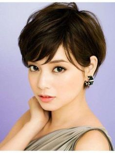 """* Material: 100% Human Hair * Cap Construction: Capless * Hairstyle: Straight * Length: 5""""-6"""" * Weight: 54g"""