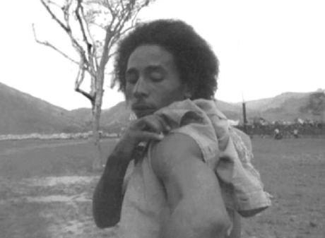*Bob Marley* Trinidad, 1972. More fantastic pictures, music and videos of *Bob Marley* on: https://de.pinterest.com/ReggaeHeart/ ©Esther Anderson