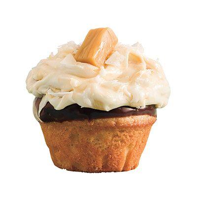 Salted Caramel-Chocolate Cupcakes: Caramel Chocolates Cupcakes, Fun Recipes, Desserts Recipes, Salts Caramelchocol, Birthday Cupcakes, Caramelchocol Cupcakes, Cupcakes Recipes, Salts Caramel Chocolates, Cupcakes Rosa-Choqu