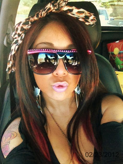 Snooki-OMG, give me a break. Guess anyone willing to act like an idiot can attain celeb status.